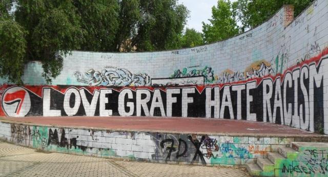 """Love Graff, Hate Racism"""